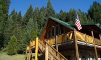 A Family Hideaway in McCloud, CA