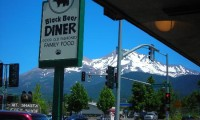 black-bear-diner-mt-shasta