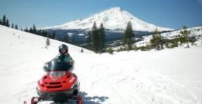 snowmobile -300x225